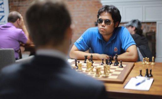 La variante Nakamura: gafas de póquer para jugar al ajedrez
