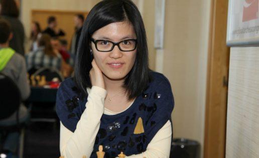Hou Yifan deja atrás a un mito, Judit Polgar