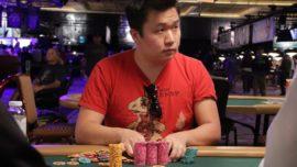 Se queda dormido en un torneo de póker y lo acaba ganando