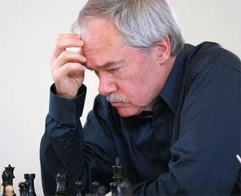 Muere Walter Browne, gran campeón americano a la sombra de Fischer