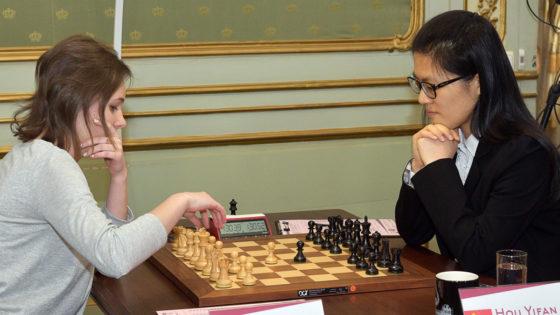 Hou Yifan, campeona del mundo por tercera vez, a los 22 años