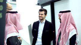 Argumentos a favor y en contra de celebrar el Mundial de Ajedrez en Arabia Saudí