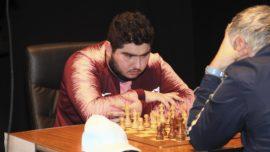 El iraní Maghsoodloo derrota a una leyenda