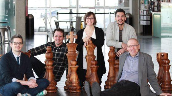 Condenados a jugar al ajedrez