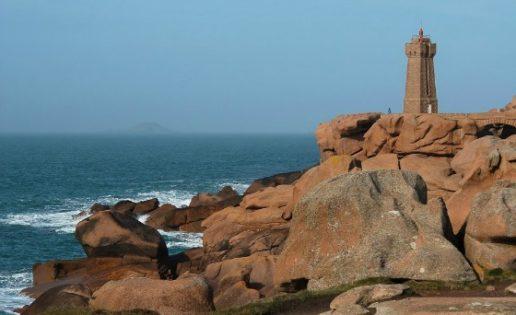 Bretaña: la extraña y bellísima costa del granito rosa